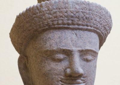 Tête de divinité : Shiva ?