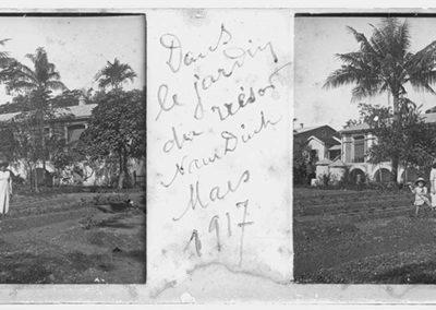 Dans le jardin du trésor Nam Dinh, mars 1917