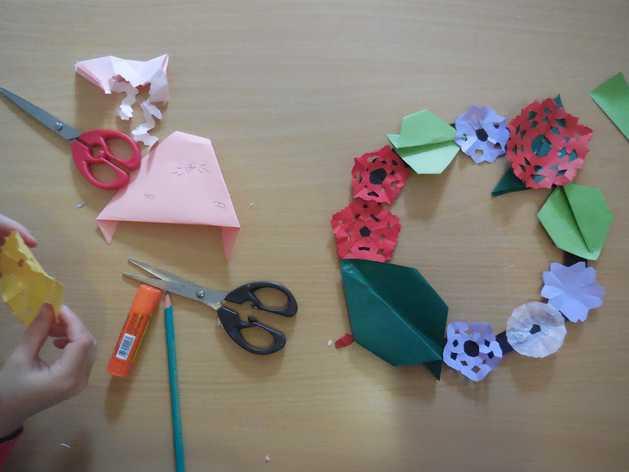 Les arts du Japon : kirie et origami