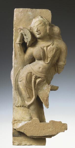 Une statue d'apsâra danseuse céleste (Inde)